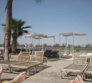 Liegen am Nilpool Achti Resort Luxor