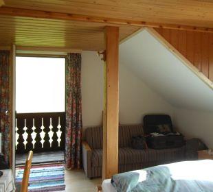 Zimmer mit Blick zum Balkon Almgasthof Baumschlagerberg