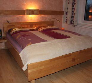 1.Schlafzimmer Appartement Dobratsch Gästehaus Seewinkel