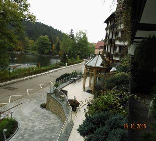 Blick vom Balkon mit Straße Romantischer Winkel SPA & Wellness Resort