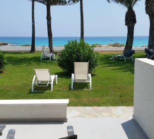 Blick vom Beach Bungalow Hotel Nissi Beach Resort