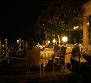 Blick auf die Restaurant Terrasse Hotel Sirmione e Promessi Sposi
