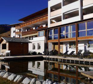 Anblick vom Naturteich aus Alpin & Relax Hotel Das Gerstl