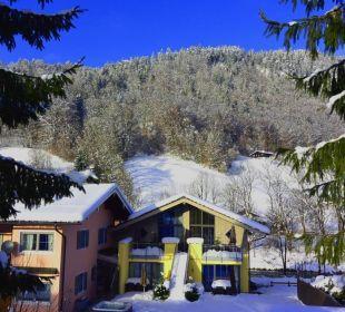 Alpenglühn Aussenansicht Süd Winter Apartments Ferienparadies Alpenglühn