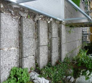 Zugang zur Terrasse vom Parkplatz Ruchti's Hotel & Restaurant