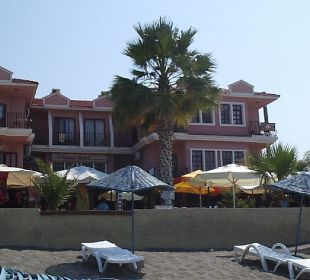 Hotel Vorderansicht Hotel Günes