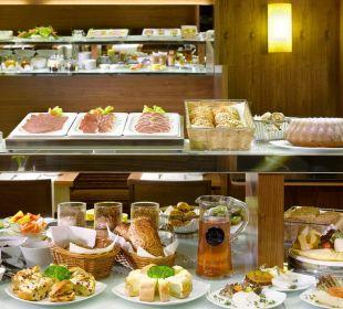 Breakfast Saloon K+K Hotel Fenix