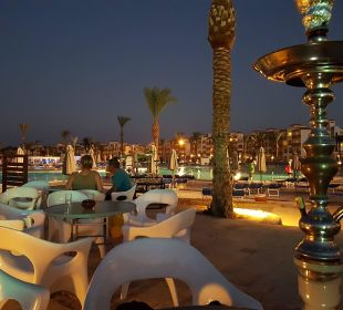 Bar im Außenbereich Abends Dana Beach Resort