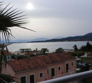 Morgenstunde auf dem Balkon Hotel Robolla Beach