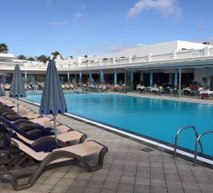 Pool am morgen ...  Hotel Las Costas