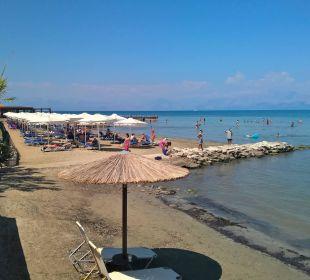 Strand Richtung Westen Hotel Robolla Beach