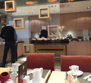 Buffet della prima colazione Hotel Novotel Wien City
