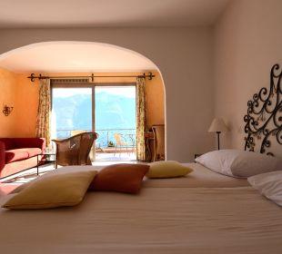 Junior Suite mit Blick auf den Lago Maggiore Sunstar Boutique Hotel Villa Caesar