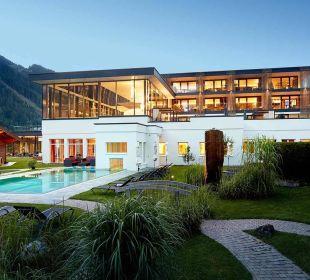 Außenansicht Hotel Alpin Life Resort Lürzerhof