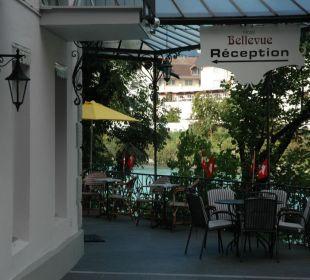 Eingang Hotel Bellevue