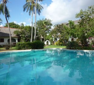 Bustani Pool  Leisure Lodge Resort