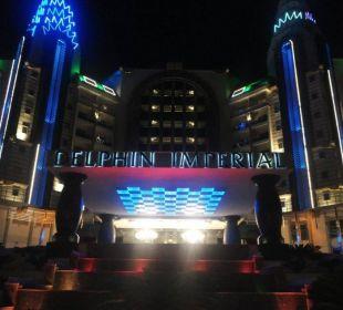 Delphin Imperial bei Nacht Hotel Delphin Imperial