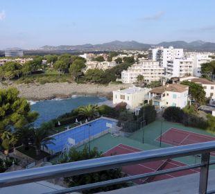 Von der Dachterasse aus fotografiert JS Hotel Cape Colom