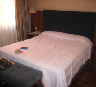 Das Doppelbett NH Barcelona Centro