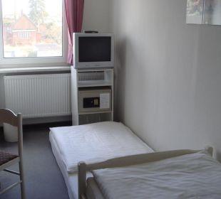 TV, Safe & 3. Bett/Matratze Stern Hotel Leipzig