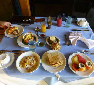 Frühstück - sehr lecker Hotel Matahari Beach Resort & Spa