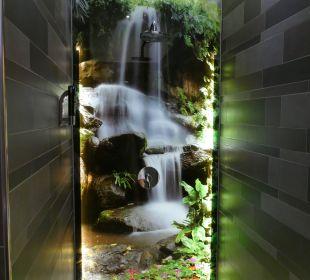 Dusche im Wellnessbereich Seehotel Adler