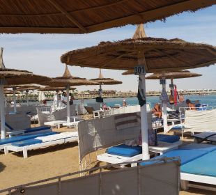 Immer genug platz,schwimmen, schnorcheln, surfen Dana Beach Resort