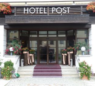 Hoteleingang Hotel Post