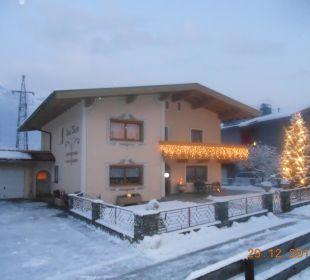 Weihnachtliche Stimmung Haus Kern