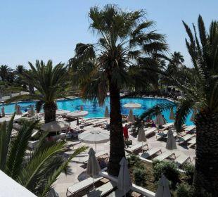 Traumhafter Poolausblick vom Essen auf der Terra Hotel Lagas Aegean Village