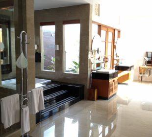 Gigantisches Badezimmer!  The Samaya Bali - Seminyak