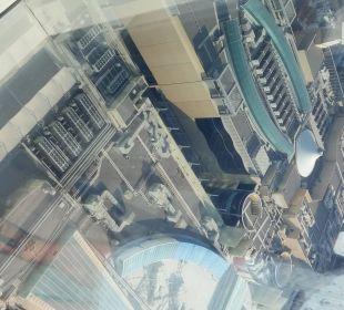 Ausblick auf Al Wahda Mall Hotel Grand Millennium Al Wahda Abu Dhabi