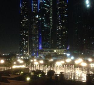 Etihad Towers gegenüber vom EP
