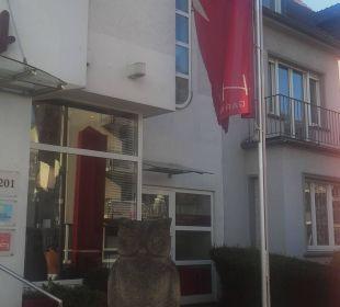Eingang Hotel Uhu Köln
