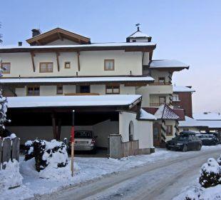 Blick von der Seite Familienhotel Loipenstub'n