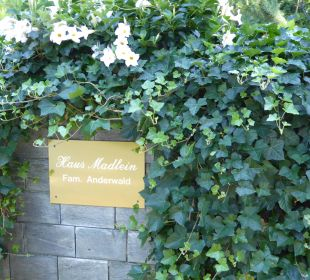 Haus-Schild Haus Madlein