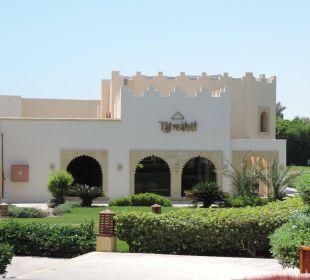 Hoteleingang Stella Di Mare Beach Resort & Spa Makadi Bay