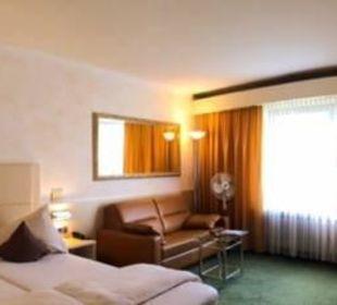 Gästezimmer Typ superior City Hotel Ost am Kö Augsburg