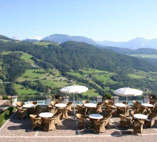 Terrasse mit Aussicht Berglandhotel Untertheimerhof