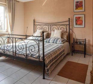 Schlafzimmer, Master Bedroom Ferienwohnung Schau Rhein