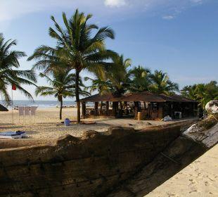 Stranddusche und Strandbar Hotel Holiday Inn Resort Goa