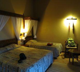 Bett Hotel Lake Nakuru Lodge