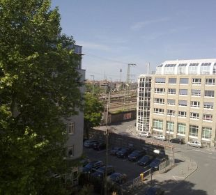 Ausblick zu Gleisen des Hauptbahnhofes Sheraton Carlton Hotel Nürnberg