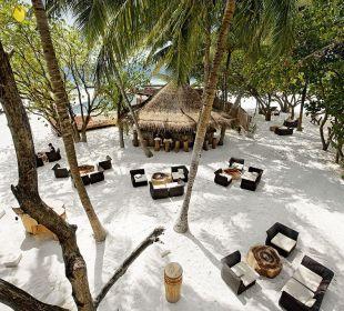 Totem Bar Hotel Constance Moofushi Resort