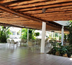 Kisima Bar Hotel Traveller's Club