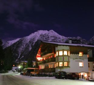 Romantischer Winter in Leutasch Landhaus Karoline Wohlfühl-Ferienwohnungen