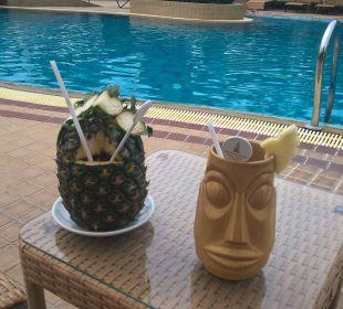 klingeln und schwuppdiwupp sind die Drinks da Thai Garden Resort