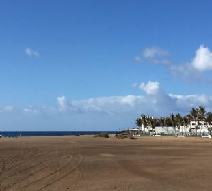 Blick vom Strand aus Hotel Las Costas