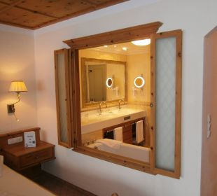 Fenster Hotel Post Lermoos