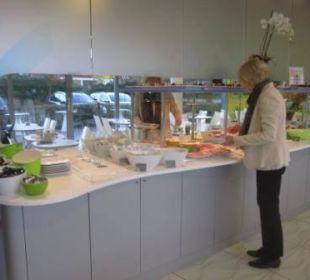 Frühstücksbuffet (Teilansicht) prizeotel Bremen-City